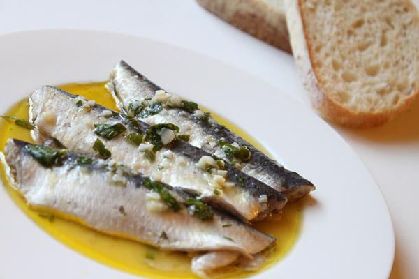 Hasil gambar untuk Sardines 600 x 400